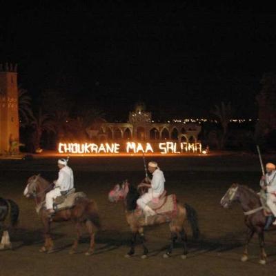 Photo 1001 nuits de fantasia: dîner + spectacle de Marrakech